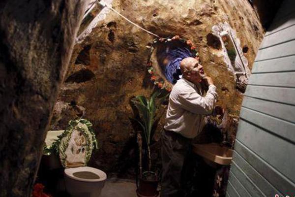 男子挖洞12载建豪华地宫 水电壁画样样不缺