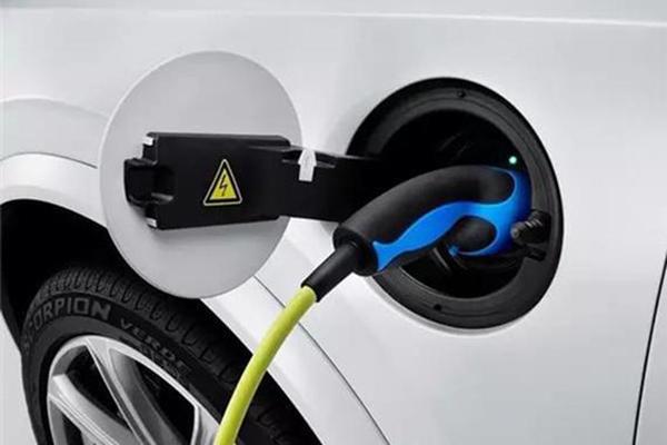 天津新能源车备受关注 节能车指标紧俏