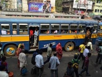 印度启动妇女安全搭车服务 在公交车上装紧急按钮