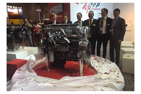 菲亚特新款天然气发动机CURSOR 9全球首发