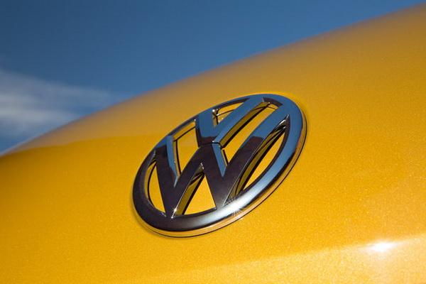 """欧洲汽车制造商将回归引擎""""大""""时代"""