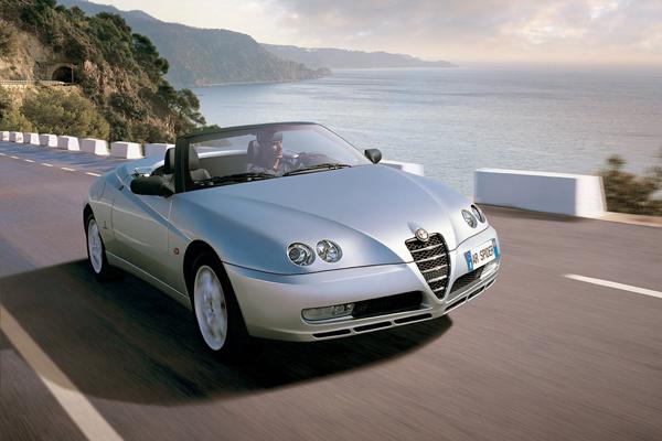 Alfa_Romeo-Spider-2003