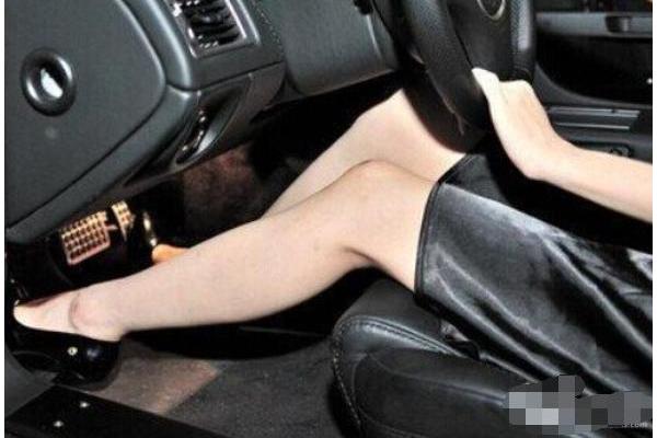 老司机都是这样踩刹车的,难怪省油又安全