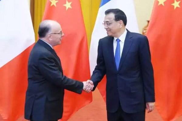 公安部:中国与法国将实现驾驶证互认换领