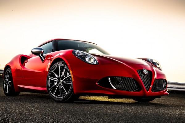 Alfa_Romeo-4C_Coupe