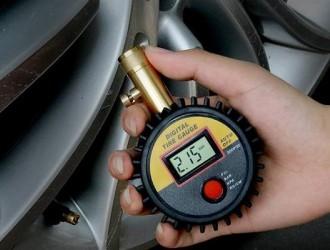 冬天开车胎压多少最合适?很多人做傻傻分不清,