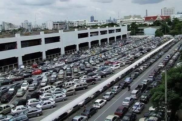 中汽协回应车市三问题:预计2018汽车销量达到25