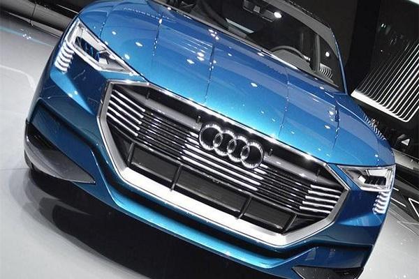 奥迪最新纯电动,车顶带太阳能电池板,配百万酷