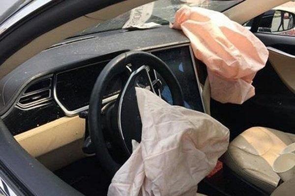 安全气囊存隐患,国内部分特斯拉Model S将召回