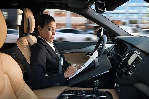 切勿养成这6种驾驶习惯,等车子报废了费钱费力