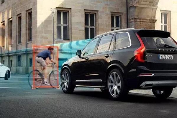 汽车安全技术真的是多一点不嫌多,少一点不嫌少