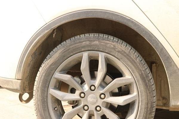 汽车轮胎越宽越好?关于车胎的小知识,不知道有