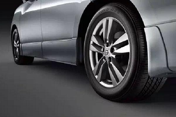 你的车子没有原装胎压监测?老司机教你这几招轻