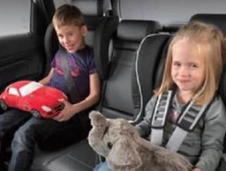 汽车安全带怎样使用才更安全呢?