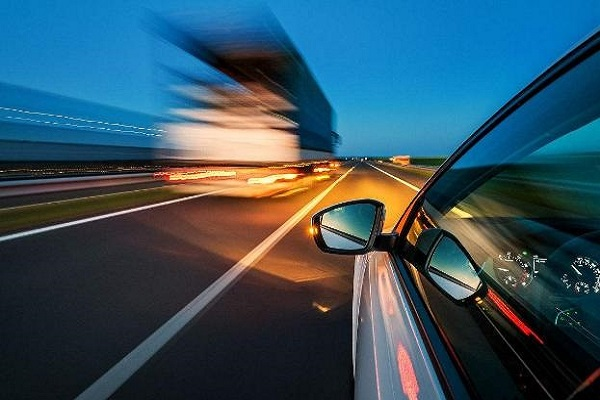 高速公路开车到底有多危险?看看老司机怎么说,