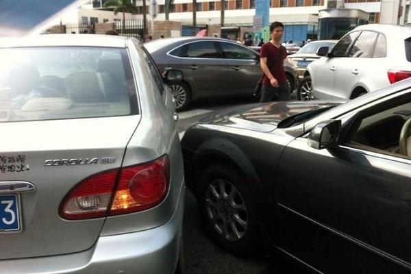 那些从来没出过事故的老司机,是怎么开车的?