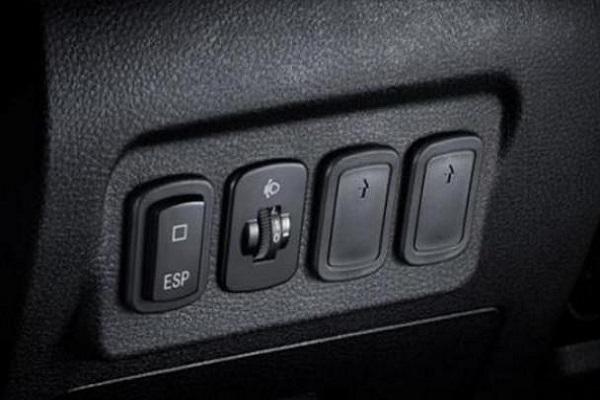 汽车这三大安全配置没事别乱动,等出大事儿的时
