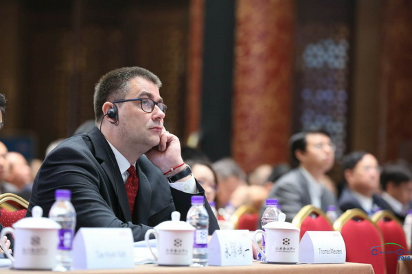 世界汽车组织(OICA)主席代表 Dr. Thomas Meurers慕容特博士发言——消除壁垒边界更开放的合作