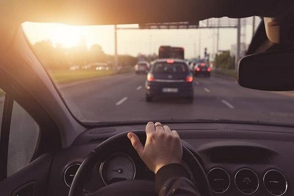 这几个开车陋习,你是否中招?