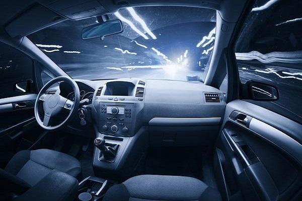 自动驾驶路测风险突出 亟待合力防控