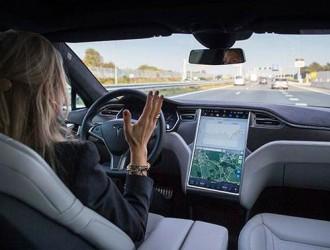 智能汽车研发掀热潮 业界称离解放双手还很远