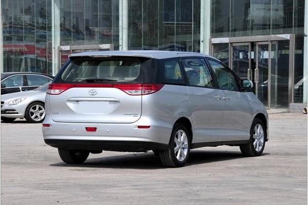 丰田这款MPV厉害了!30万公里开不坏,2.4L+七座布局
