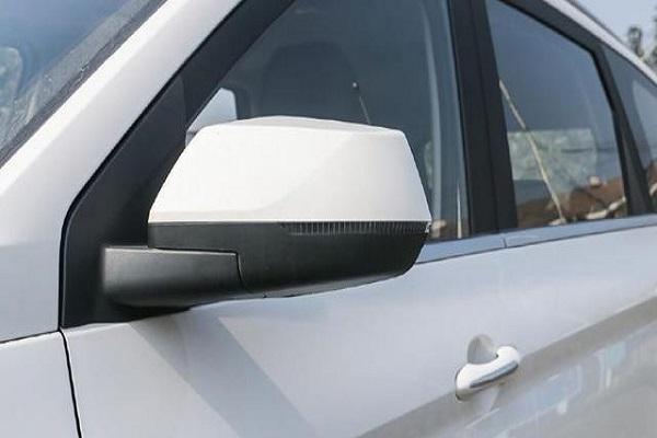 后驱七座+皮座椅,倒车影像+ESP,这SUV轴距2米8