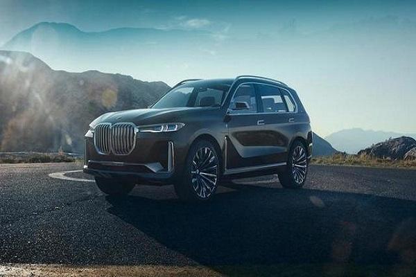 宝马全新大型SUV,比奥迪Q8大一圈,将于11月正