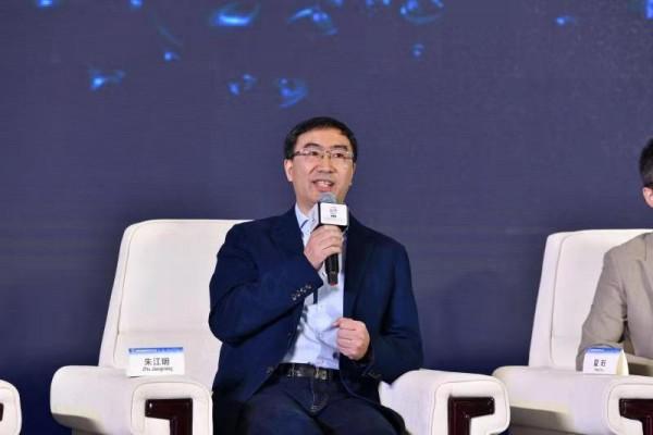 中国工程院院士、清华大学汽车安全与节能国家重