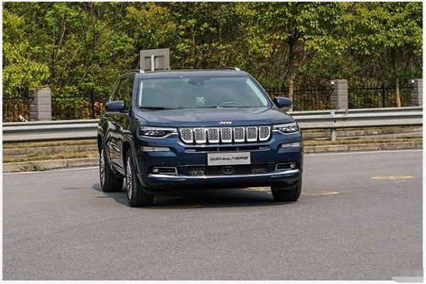 终于不用考虑买途昂了,Jeep这车2.0T+9AT仅27.9
