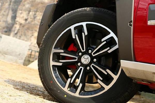 同价最硬派的SUV,后排舒适均不输途观,配ESP+