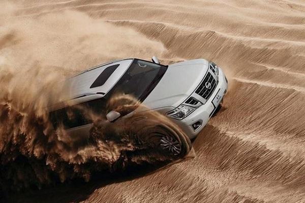 真正的沙漠之王!比陆巡更大,V6起步纯进口56万,还买啥普拉多?