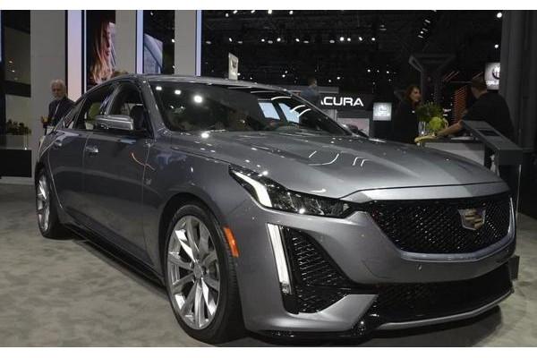 凯迪拉克又一新车亮相,近5米长,大过3系,动力更强,希望能国产