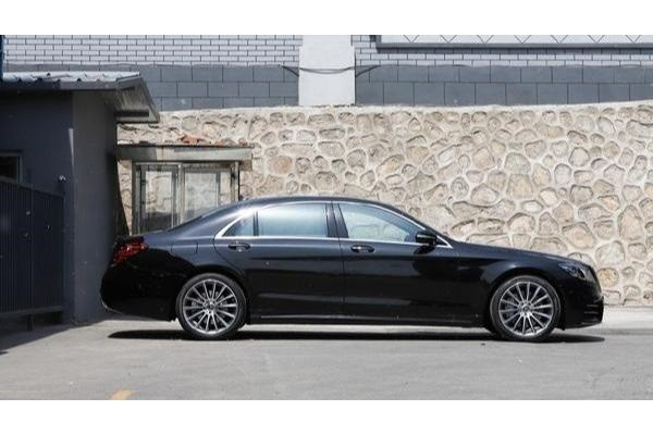 比辉腾更低调的豪车,加价60万还一车难求!5.4