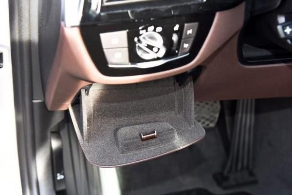 开自动挡车型要注意以下几个禁忌,不然车子提前报废