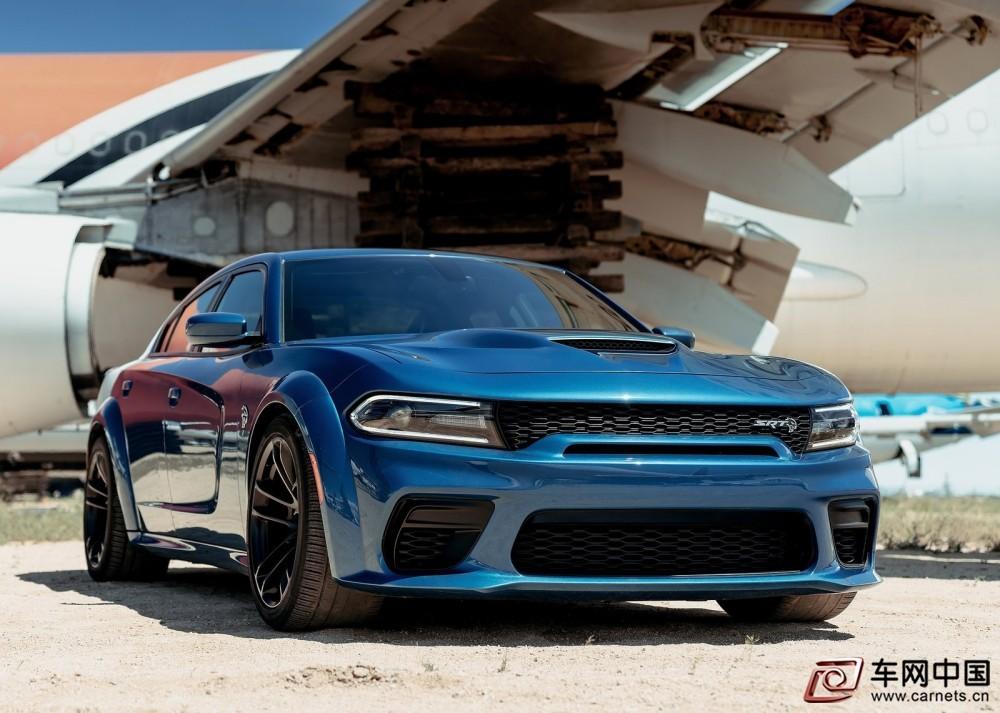Dodge-Charger_SRT_Hellcat_Widebody-2020-1600-02