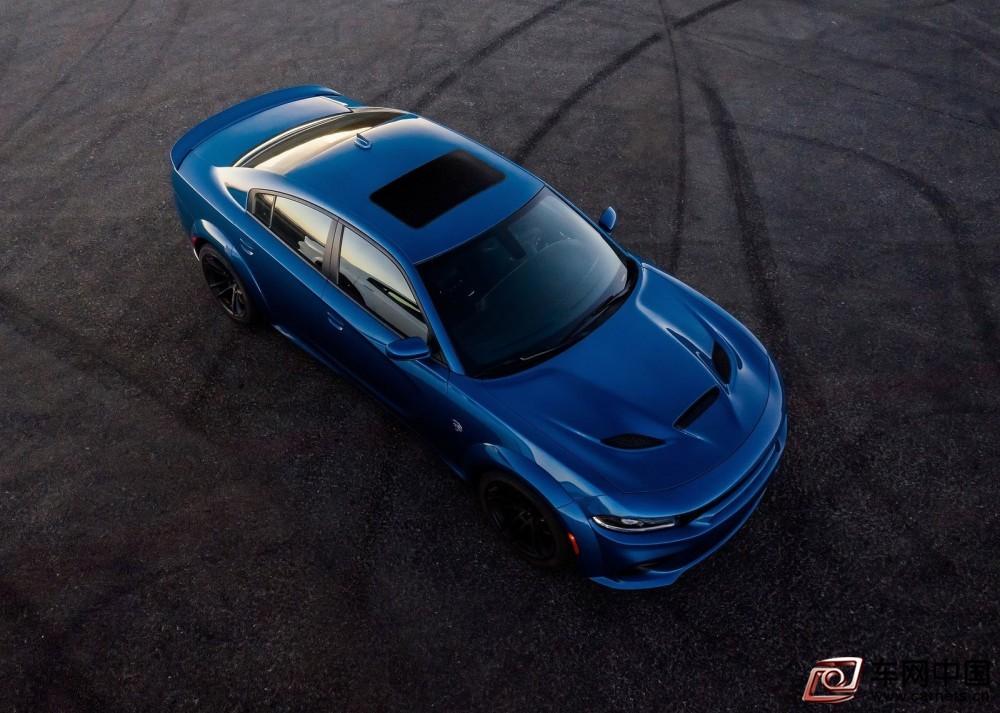 Dodge-Charger_SRT_Hellcat_Widebody-2020-1600-04