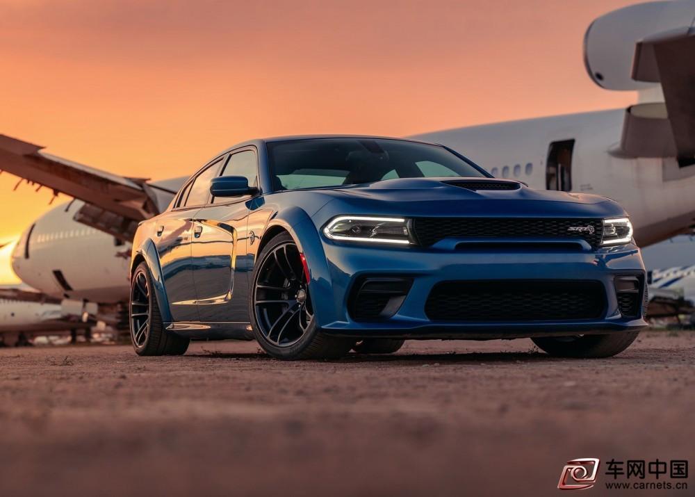 Dodge-Charger_SRT_Hellcat_Widebody-2020-1600-01