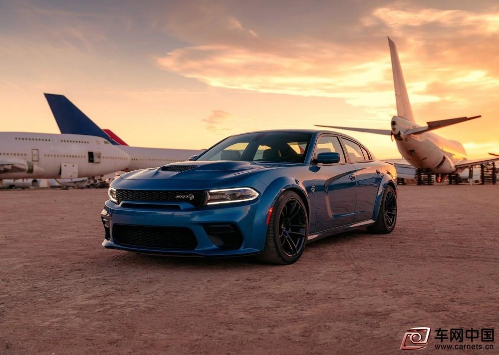 Dodge-Charger_SRT_Hellcat_Widebody-2020-1600-07