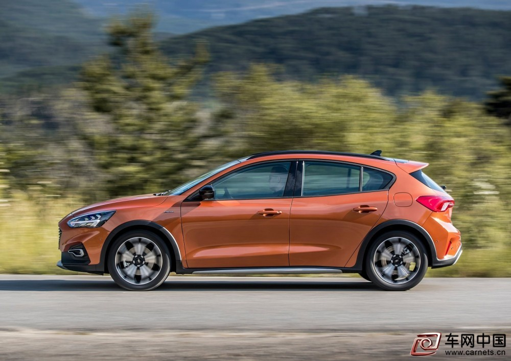 Ford-Focus_Active-2019-1600-1a