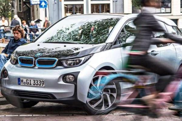 欧盟新规:为保护行人安全 电动汽车需配备噪音