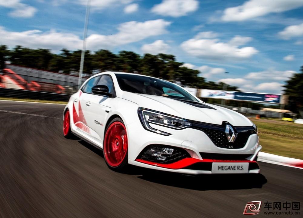 Renault-Megane_RS_Trophy-R-2020-1600-04