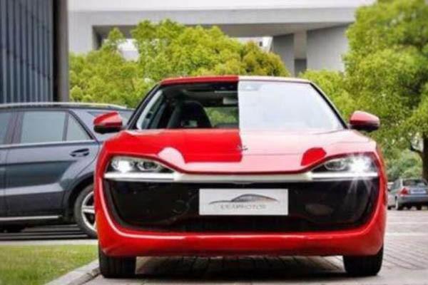 国产首款纯电轿跑正式交付,续航长达380km
