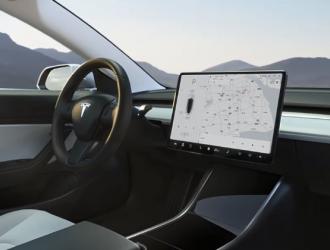 特斯拉二季度Autopilot安全报告:每英里事故数