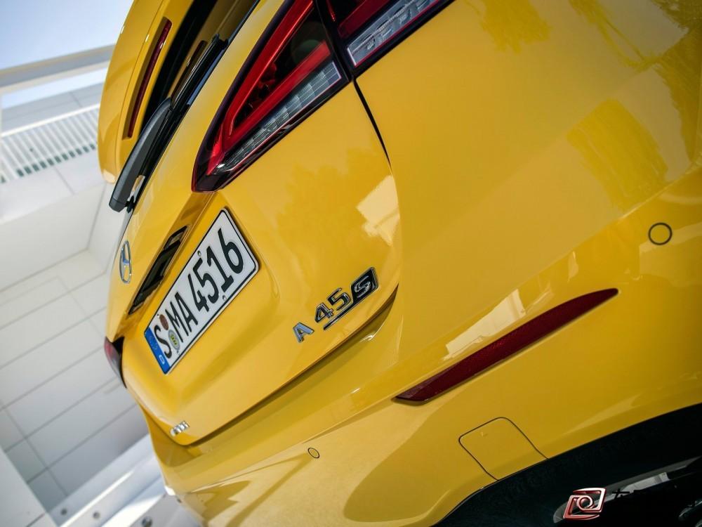 Mercedes-Benz-A45_S_AMG_4Matic-2020-1600-72