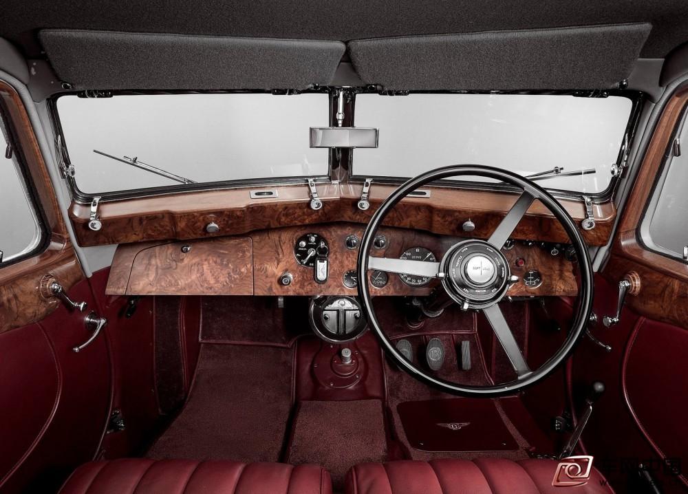 Bentley-Corniche-1939-1600-05