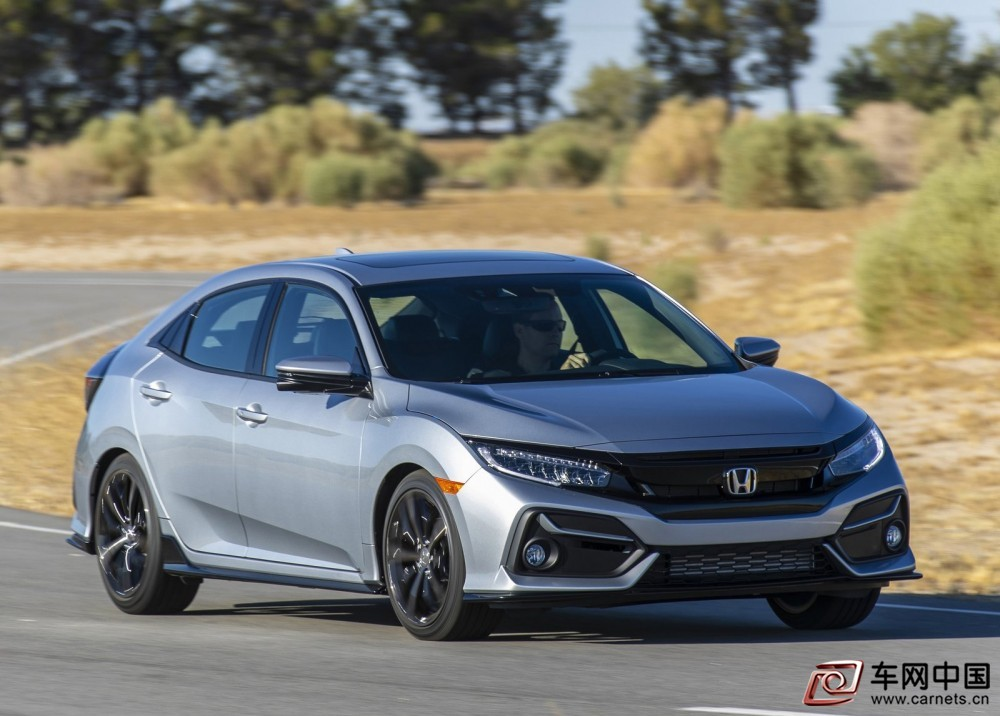 Honda-Civic_Hatchback-2020-1600-03