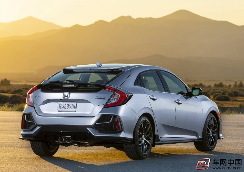 Honda-Civic_Hatchback-2020-1600-04