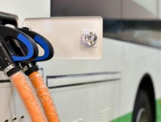 """新能源客车7月销量大涨 补贴过渡期内""""抢装""""是"""