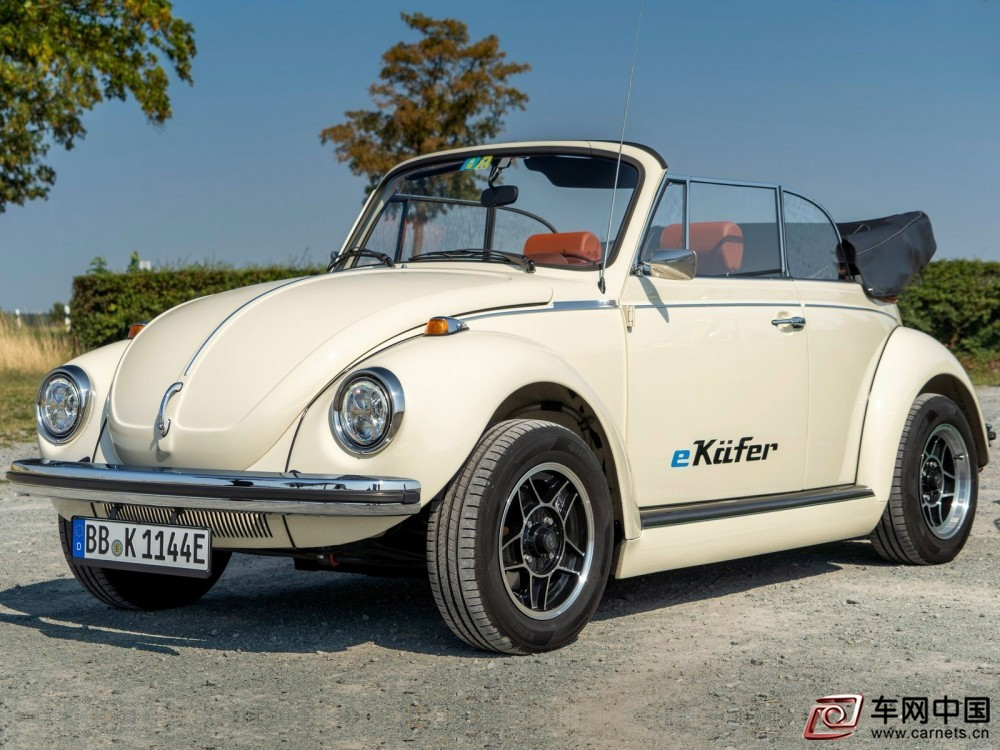 Volkswagen-e-Beetle_Concept-2019-1600-02